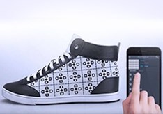 Altijd_hippe_sneakers_met_displays.jpg